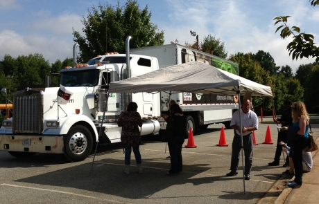 Tips for Driving Safely Around Tractor Trailers